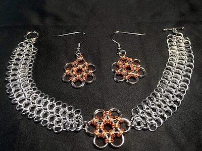 E4-1 bracelet and earrings with Japanese flower